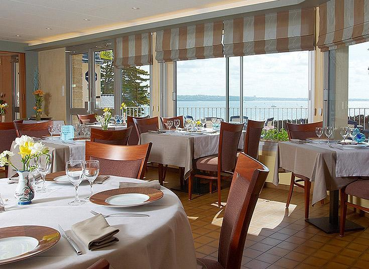 Restaurant with seaview - Hotel Belle-Vue - Fouesnant